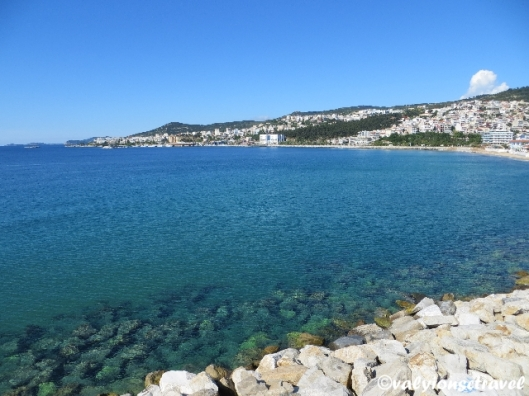 Portul şi faleza din Kavala