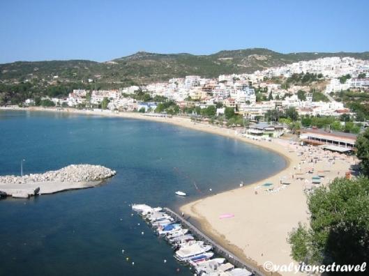 Plaja Kalamitsa